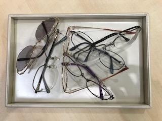 メガネ不要な